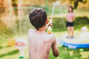 How to Host The Best Backyard BBQ? Keep the kids entertained!